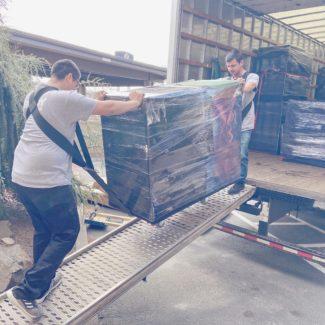 spokane-moving-company-loading